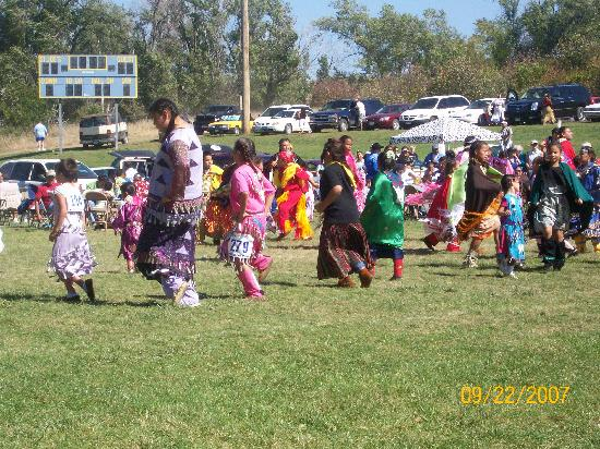 Akta Lakota Museum: Some of the girls in the PowWow
