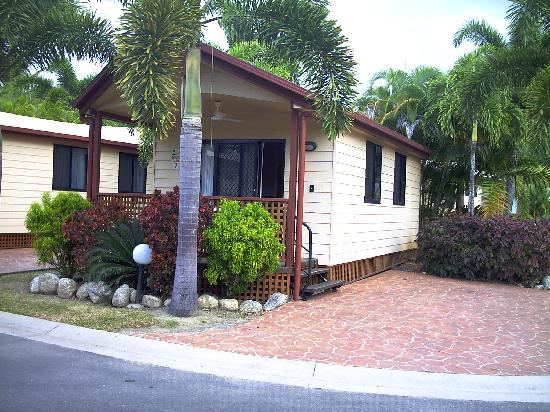 Ingenia Holidays Cairns Coconut: Tropical Ensuite Cabin