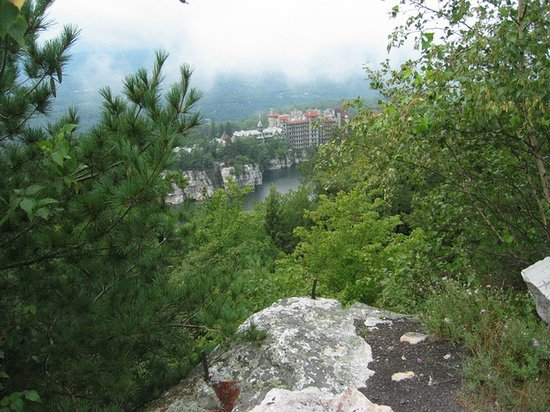 Highland, NY: Mohonk from a near-by hill