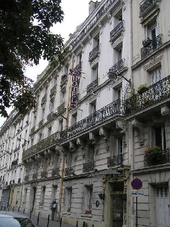 Hotel du Square d'Anvers: The hotel