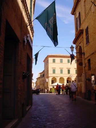 Treia, Italia: le vie del paese