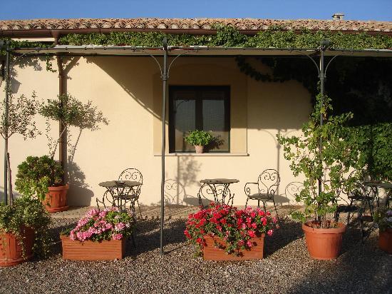 Genzano di Lucania, Italy: Carrera della Regina, cortile
