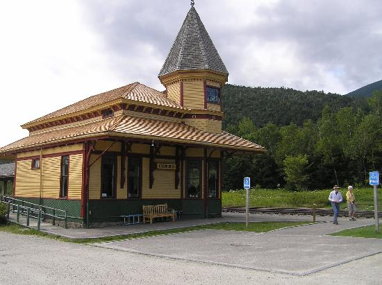 Beech Hill Campground and Cabins: Crawford Depot of Conway Scenic Railroad