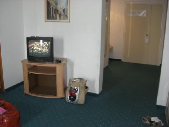 Hotel Excel Hammamet: TV