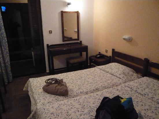 Nautilus Hotel: Our Room