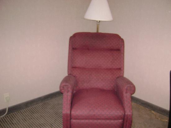 Quality Inn: chair