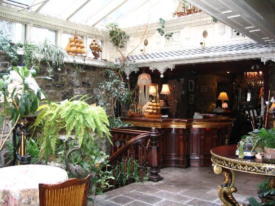 Montreal Hotel Deals Trivago