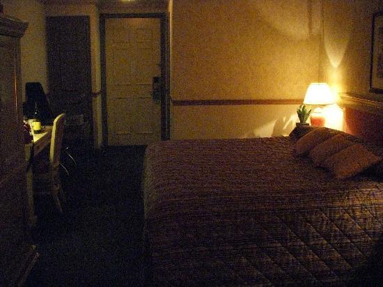 Inn on the Lake, King Room