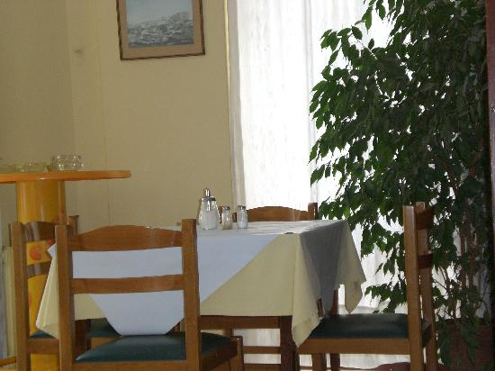 Hotel Nefeli: breakfast nook