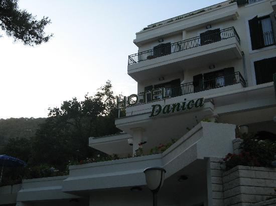 Hotel Danica: Außenansicht