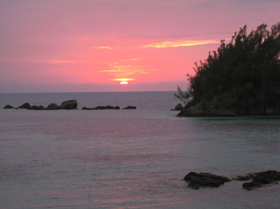 Bermuda: Sunset from our cottage.