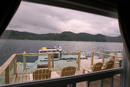 Seaside Suites Gros Morne Newfoundland: Deck of the Suite