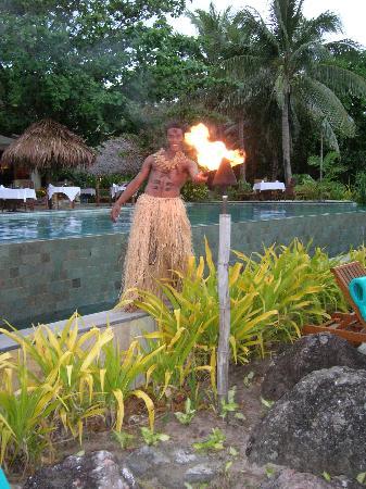 Tokoriki Island Resort: Sunset ceremony