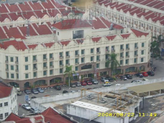 Seri Costa Hotel-Resort: View from Taming Sari Tower 1