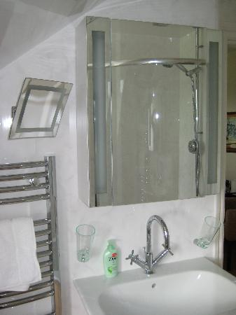 Easedale Lodge: Bathroom