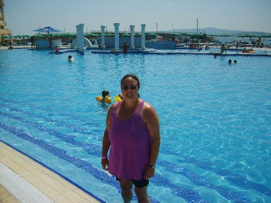 Dyuni, บัลแกเรีย: pool side marina beach