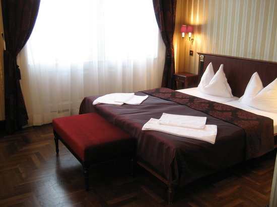 Gerloczy Rooms de Lux: 3rd floor Room 2 of the Gerlóczy Hotel