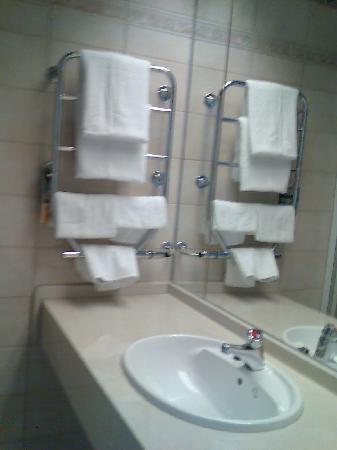 Stord Hotel: Bathroom