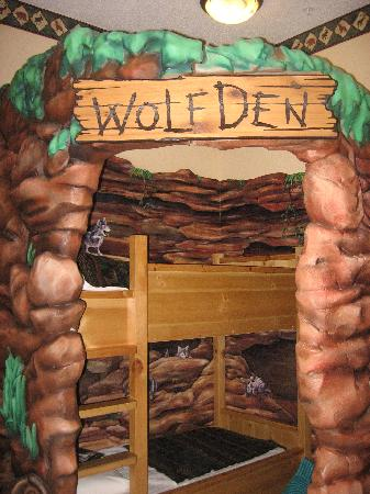 Great Wolf Lodge: Den for LITTLE wolves