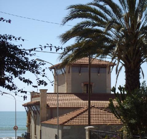 Marina di Ragusa, Italy: una villa - www.marinadiragusa.info