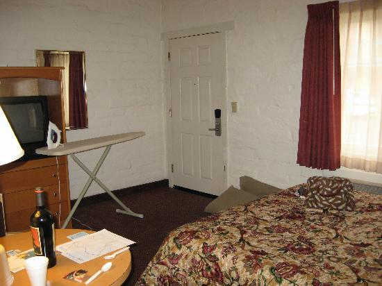 Seaside Inn: Bedroom