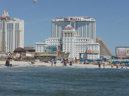 Courtyard atlantic city updated 2017 hotel reviews price for Pool and spa show atlantic city nj