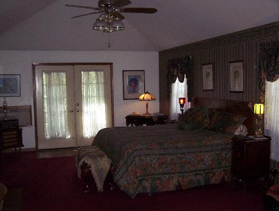 Benton Place Inn: Benton Suite...