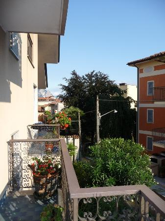 Stresa B&B: View from Balcony