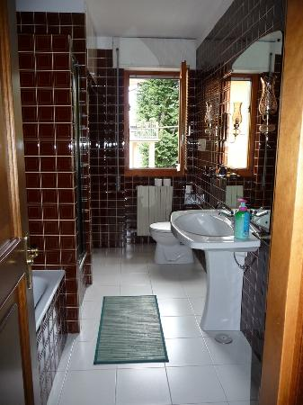 Stresa B&B: Shared bathroom