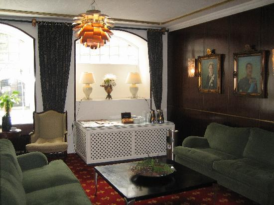 Saxildhus Hotel, Milling Hotels: Reception area