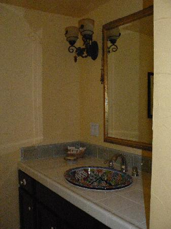 Old Ranch Inn : beautiful bath vanity