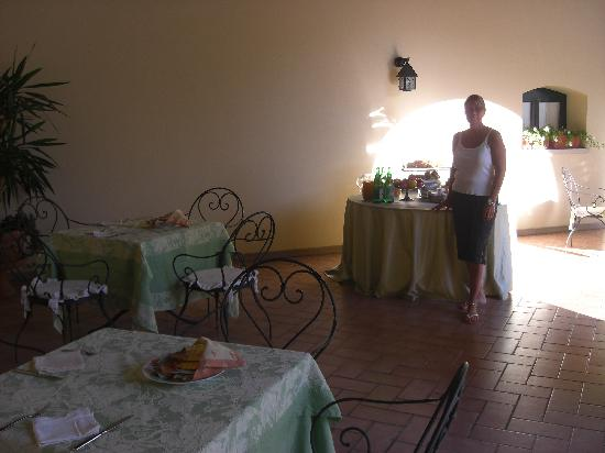 Tenuta Cocevola: Dinner and breakfast was served here.
