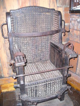 Torture Museum: Torture Chair