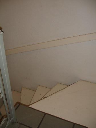 Hotel Villas Del Pescador: Stairs to my upgrade