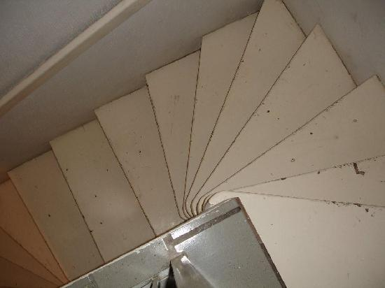Hotel Villas Del Pescador: Death Stairs, even sober you will fall down them.