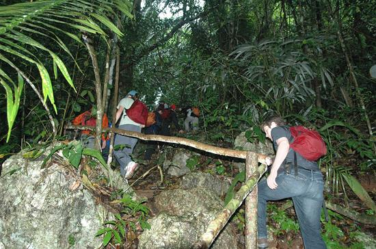 Ian Anderson's Caves Branch Jungle Lodge: Hiking up to the Black Hole Drop