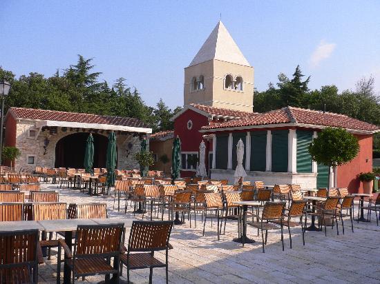 Sol Garden Istra: Outside entertainment area