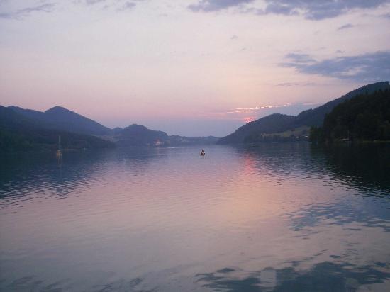 Seehotel Schlick: Lake Fuschl at Sunset