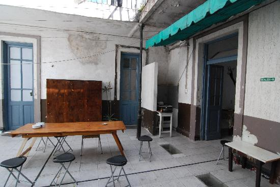 El Sol Hostel Recoleta: The upstairs patio is the really coasy