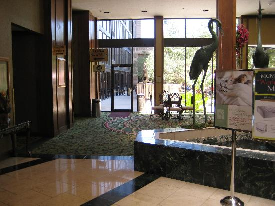 MCM Elegante Hotel: Lobby