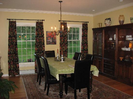 Collins Guest House : Dining room