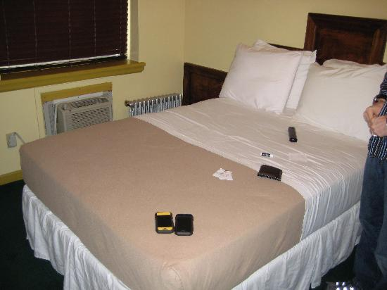 St. Marks Hotel: Beds