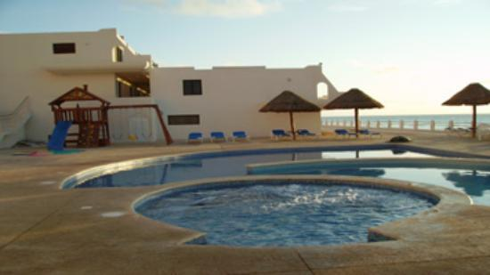 Villas marlin picture of villas marlin cancun tripadvisor for Villas marlin cancun