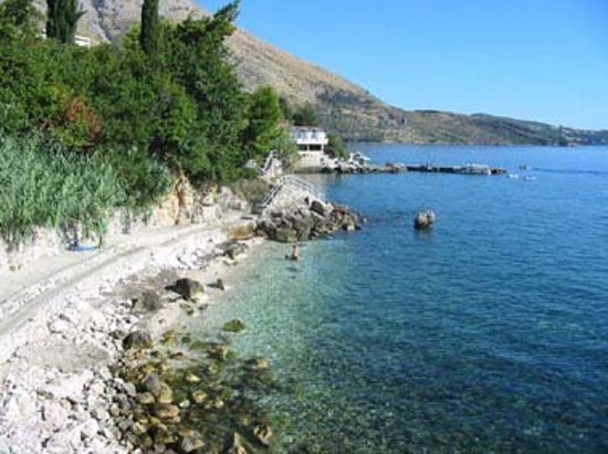 Plat, Croacia: more sheltered great too for snorkeling