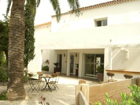 Hotel Synaya : Synaya entrance