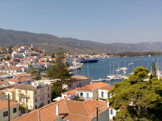 Dimitra Boutique Hotel : View of the port from the roof terrace