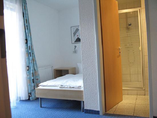 Hotel Jakober Hof: room