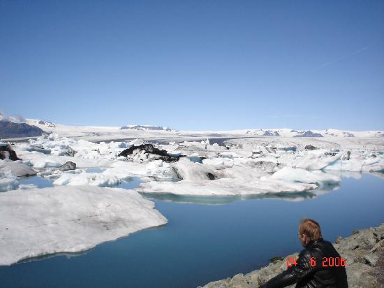 Photographing Jokulsarlon Glacier Lagoon Iceland Photo Tours
