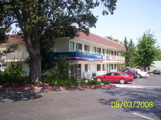 Motel 6 Yreka: Front of Motel 6