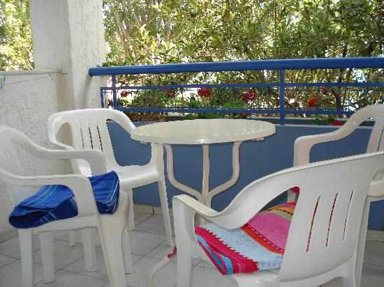 Apollon Hotel Apartments: Our Balcony